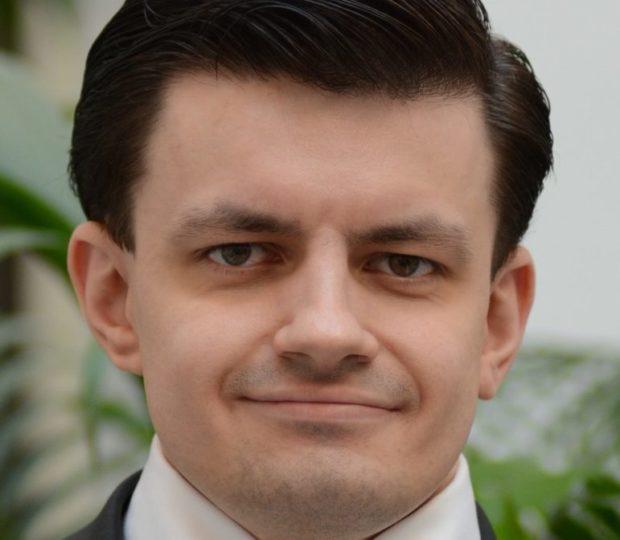 Nový náměstek ministra má stabilizovat lékárenský sektor