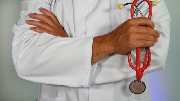 Poplatky za návštěvu u lékaře a za recept většina Čechů odmítá