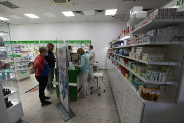 Prezident ČLnK ubezpečil, že lékárenská péče nebude omezena